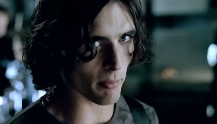 Do You Know The Lyrics To All American Rejects Dirty Little Secret Why can't we try and understand? dirty little secret