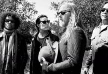 Alice In Chains discusses the band's decision to stay together.