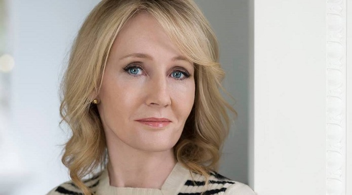 JK Rowling is writing the script for 'Fantastic Beasts 3'