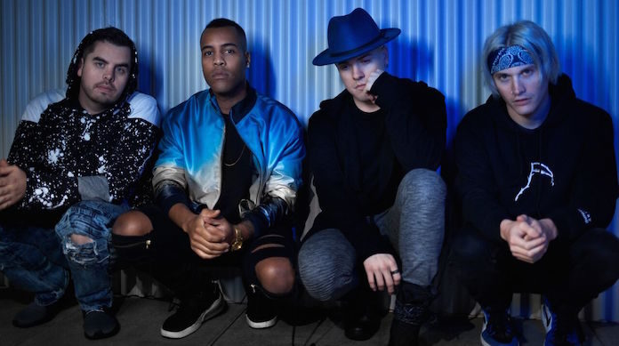 Set It Off will be going on tour with Chapel and De'Wayne Jackson.