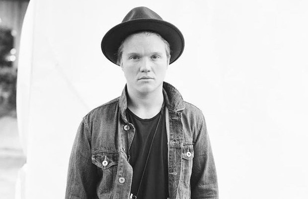 """Listen to Aaron Gillespie's new song, """"All He Says I Am"""" - Alternative Press"""