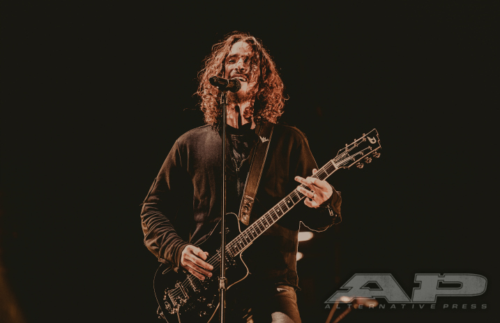"Hear Chris Cornell's vocals isolated from Soundgarden's ""Black Hole Sun"" - Alternative Press"