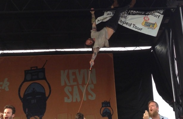 10 Things You'll Only See At Warped Tour - Alternative Press