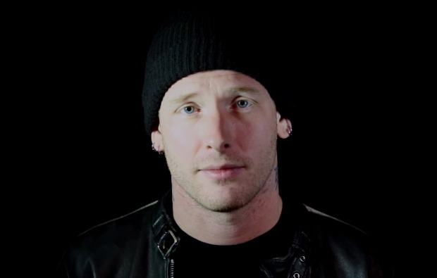 Watch Slipknot/Stone Sour's Corey Taylor cover an '80s love
