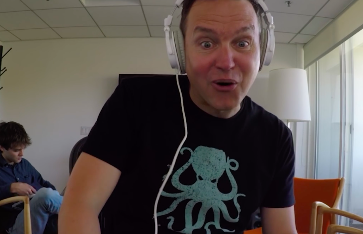 Blink-182's Mark Hoppus was filmed reacting for this band's music video and it's hilarious - Alternative Press