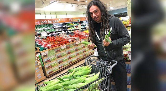 Korn guitarist Munky