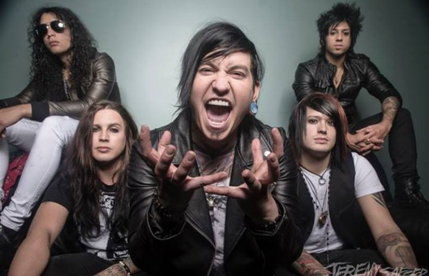 "Watch Escape The Fate perform ""Picture Perfect"" acoustic - Alternative Press"