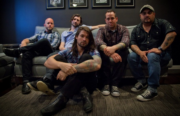 """Taking Back Sunday release live video for new song, """"Flicker Fade"""" - Alternative Press"""
