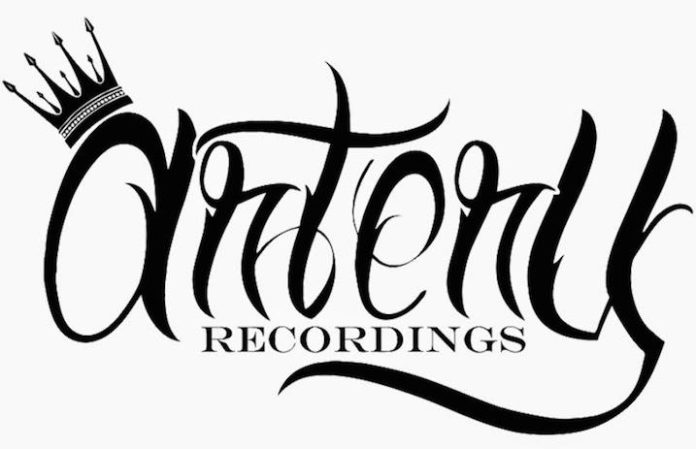 Warner Bros  acquire Artery Recordings for undisclosed