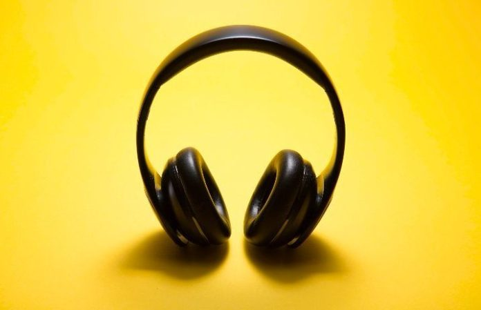 See if your state legally lets you wear headphones while