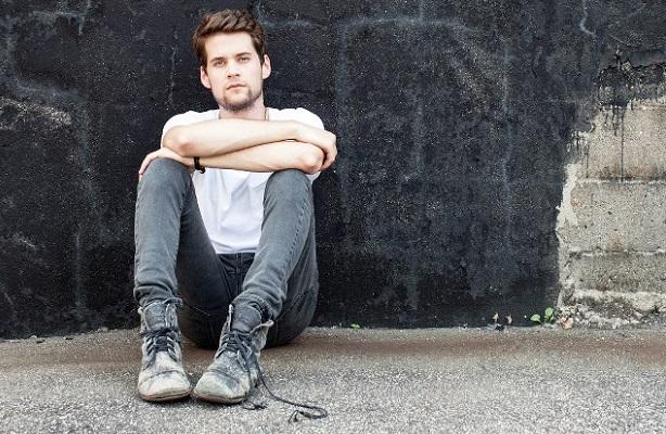 "Matt Hires releases ""When I Was Young"" acoustic video - Alternative Press"