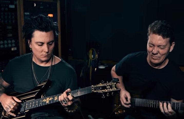 Avenged Sevenfold's Synyster Gates is launching a guitar