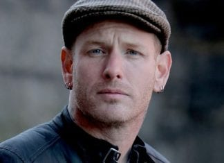 Corey Taylor to discuss his social media addiction in new book
