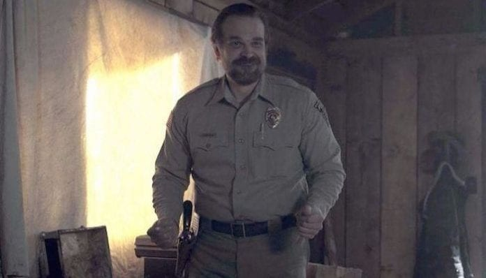 'Stranger Things' actor David Harbour actually officiated that Twitter wedding