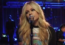 "Avril Lavigne performs ""Head Above Water."""