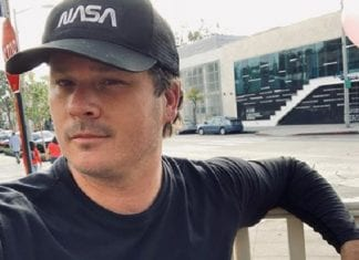 Tom DeLonge Instagram