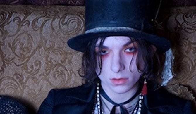 Emerson Barrett (Nov. 22), Palaye Royale