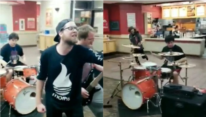 Bands play Wendy's