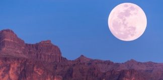 pink full moon friday the 13th