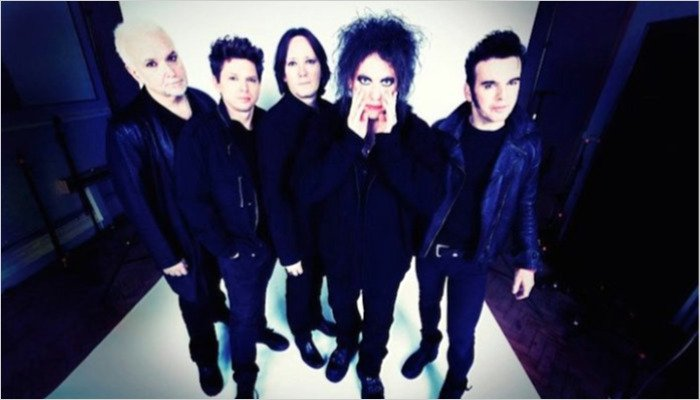 """The Cure inspires skyrocketing guitar sales thanks to """"Glastonbury effect"""""""
