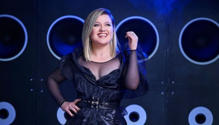 billboard music awards 2019 host kelly clarkson