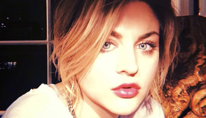 """Frances Bean Cobain shares """"raw and truthful"""" acoustic song snippet"""