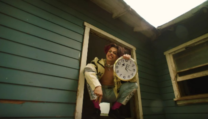 "YUNGBLUD shows teenage angst never dies in ""Parents"" music video"