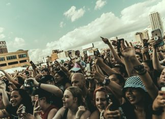 warped tour crowd korn