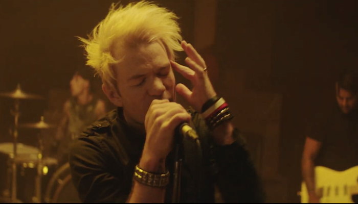 "Sum 41 protest the government in ""45 (A Matter Of Time)"" video"