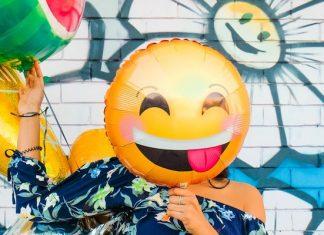 laughing emoji funny social media handles