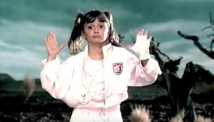 Missy Elliott performs epic throwback VMAs set with dancer Alyson Stoner