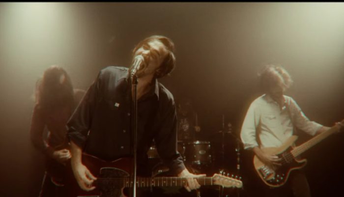 """Microwave start a doppelgänger face-off in new """"Mirrors"""" video"""