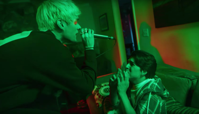 "Waterparks take 'FANDOM' to the next level in ""Easy To Hate"" video"