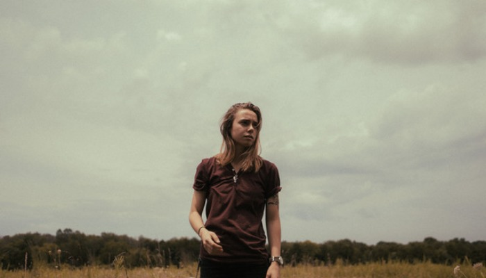 Julien Baker releases vinyl-exclusive track, B-side on streaming
