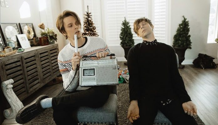 idkhow christmas drag ep dallon weekes ryan seaman