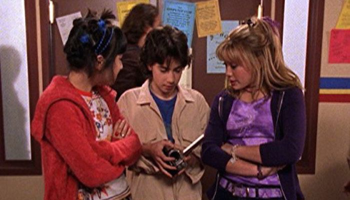 Hilary Duff comment sparks concern over 'Lizzie McGuire' reboot's future