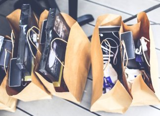 shopping bags black friday