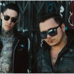 Metro station, trace cyrus, reunion