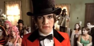 panic at the disco brendon urie