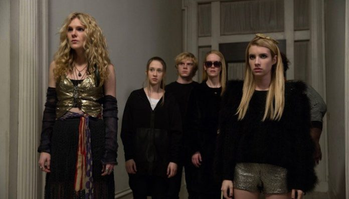 american horror story coven sarah paulson evan peters