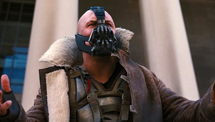 Someone Should Tell Batman Fans Bane Masks Aren T Exactly Protective
