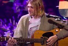 kurt cobain nirvana guitar-min