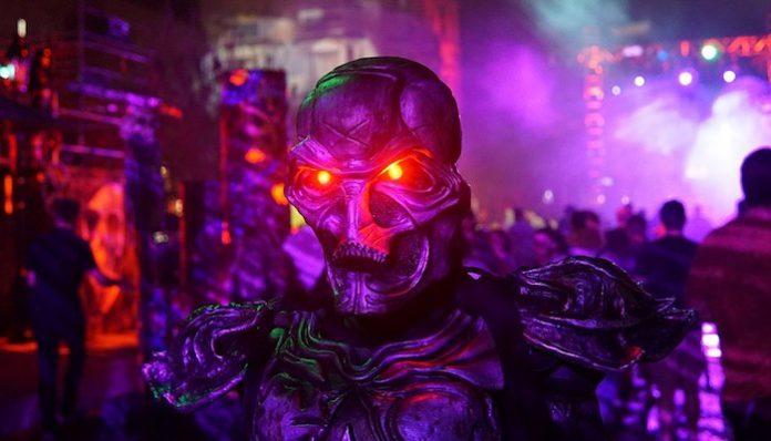 Universal Studios Halloween Horror Nights-min