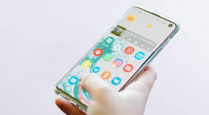 samsung phone-min