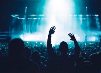 socially distant music venue concert crowd-min coronavirus covid-19 aftershock festival