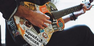 easy pop punk songs to play on guitar