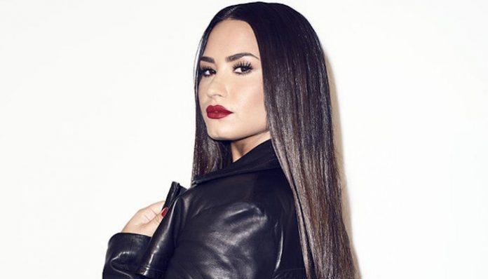 Demi Lovato-min