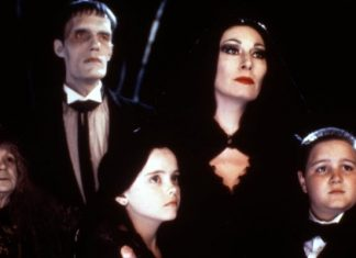 Tim Burton The Addams Family-min