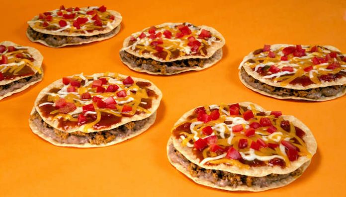 taco bell mexican pizza-min
