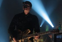 tom delonge songs about aliens